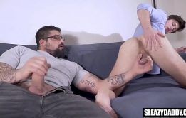 Stepdad gives son a photography lesson – real gay taboo – Hot