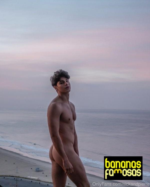 Nick-Champa-mostrando-a-bunda-rabo-gostoso