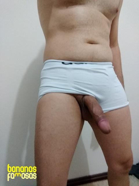 fotos-de-homens-pelados-e-pirocudos-pra-caralho