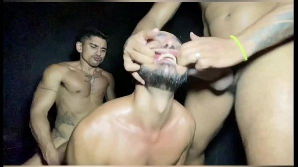 sexo-bruto-entre-machos-ao-natural.