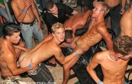 Homens pelados dotados e gostosos
