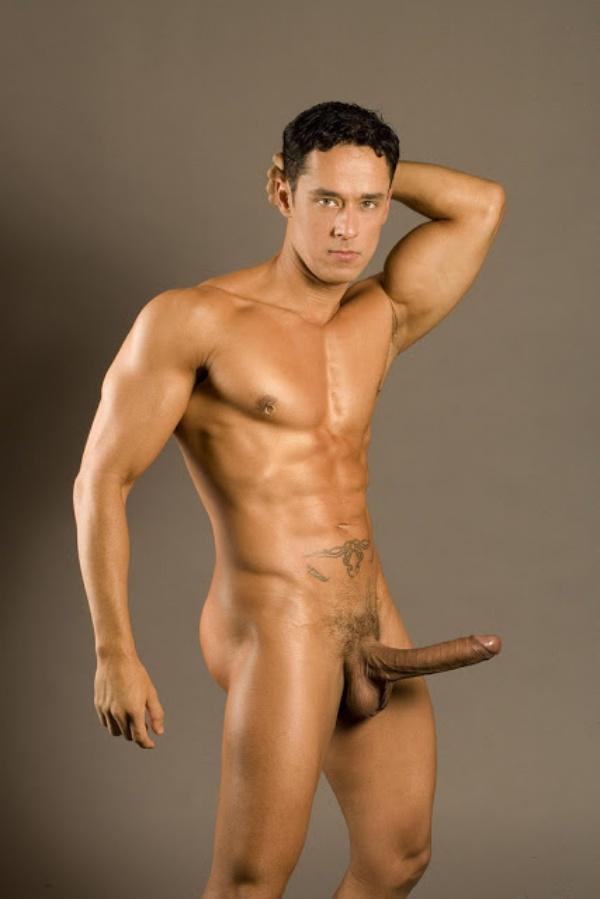 pênis-grande-homens-pelados-bananasfamosas.com.br