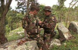 Militares gays transando em sacanagem boa