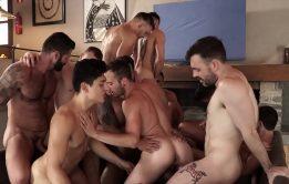 Sexo na casa do paulo adora fazer uma orgia