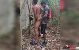 SEXO NO MATO COM MOLEQUE FAVELADO